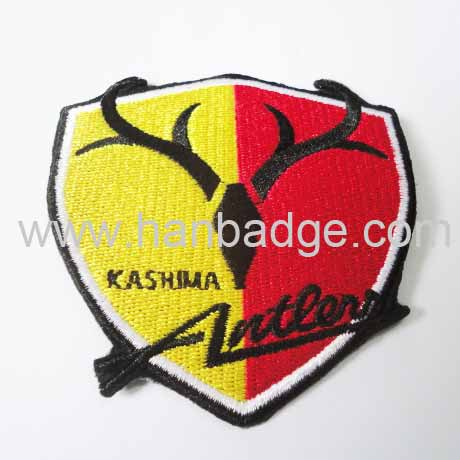 embroidered patch 03